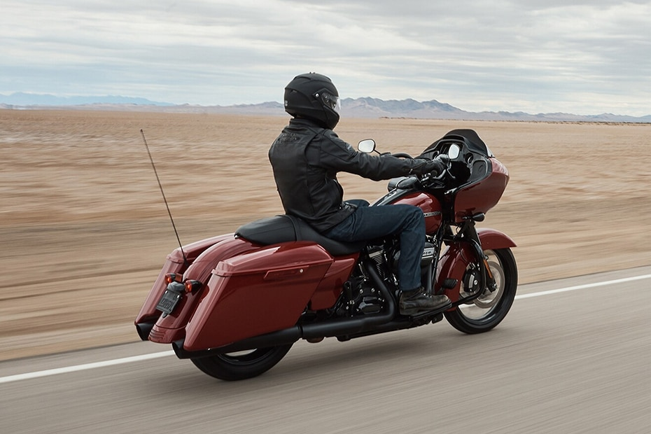 Harley Davidson Road Glide Special Rear Right View