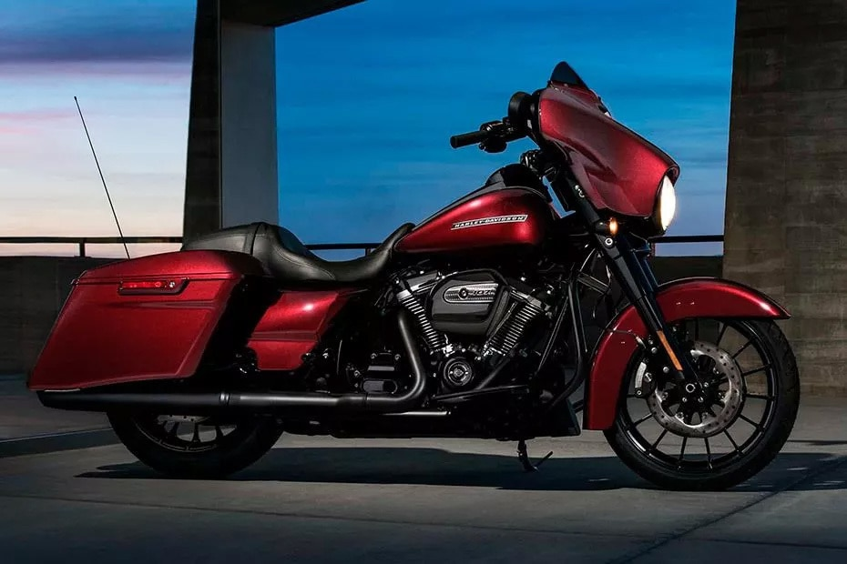 Harley Davidson Street Glide Special Right Side View