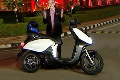 हीरो Electric Scooter