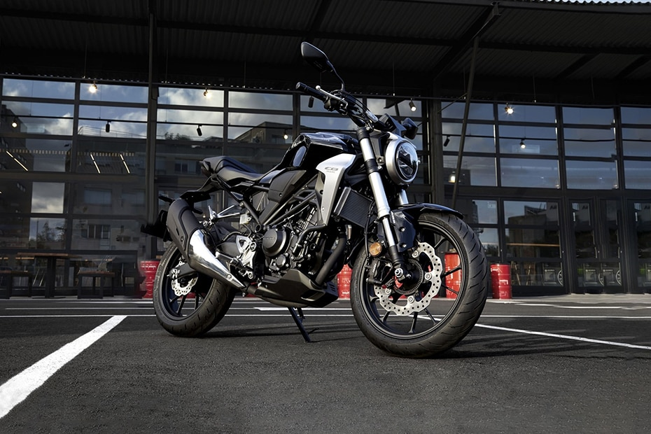 Honda CB300R Front Right View