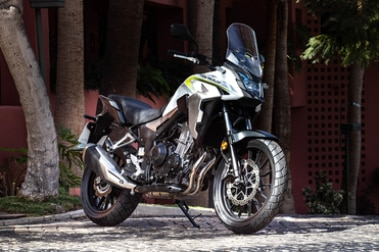 Honda CB500X Front Right View