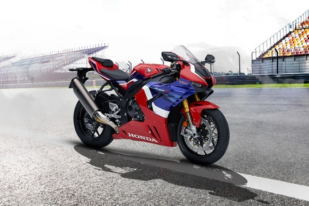 Honda CBR1000RR-R Left Side View