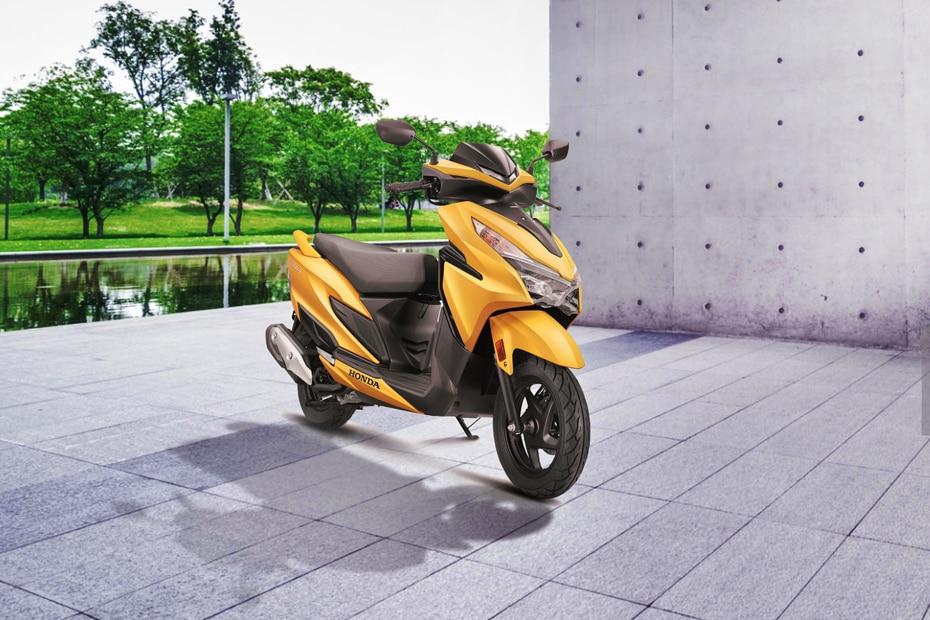 Honda Grazia Front Right View