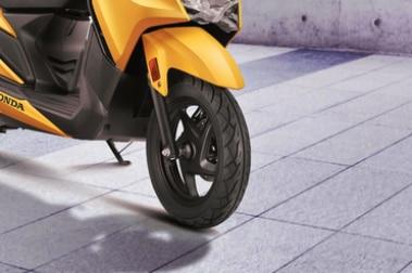 Honda Grazia BS4 Front Tyre View