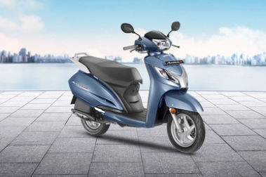 Honda Activa 125 BS4 Front Right View