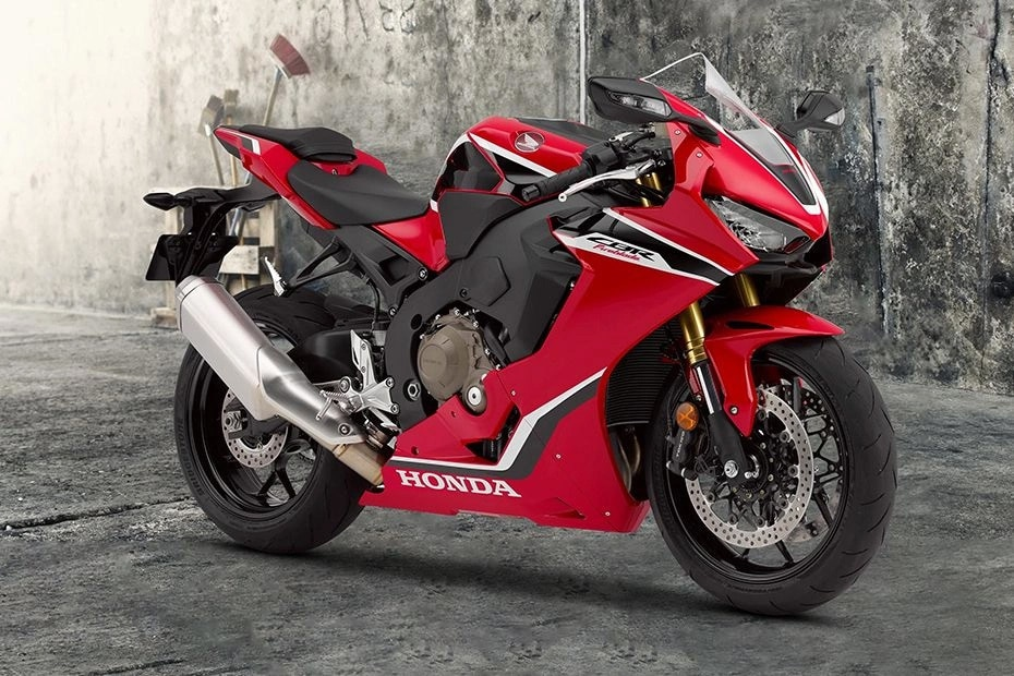 Honda CBR1000RR Front Right View