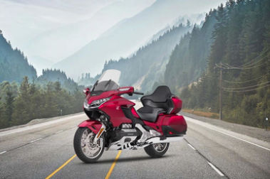 Honda Gold Wing Front Left View
