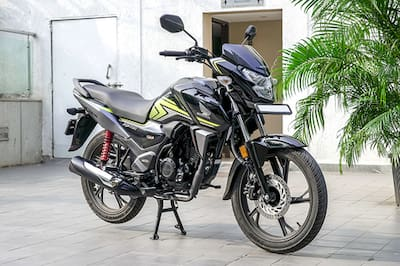 होंडा SP 125 Front Right View