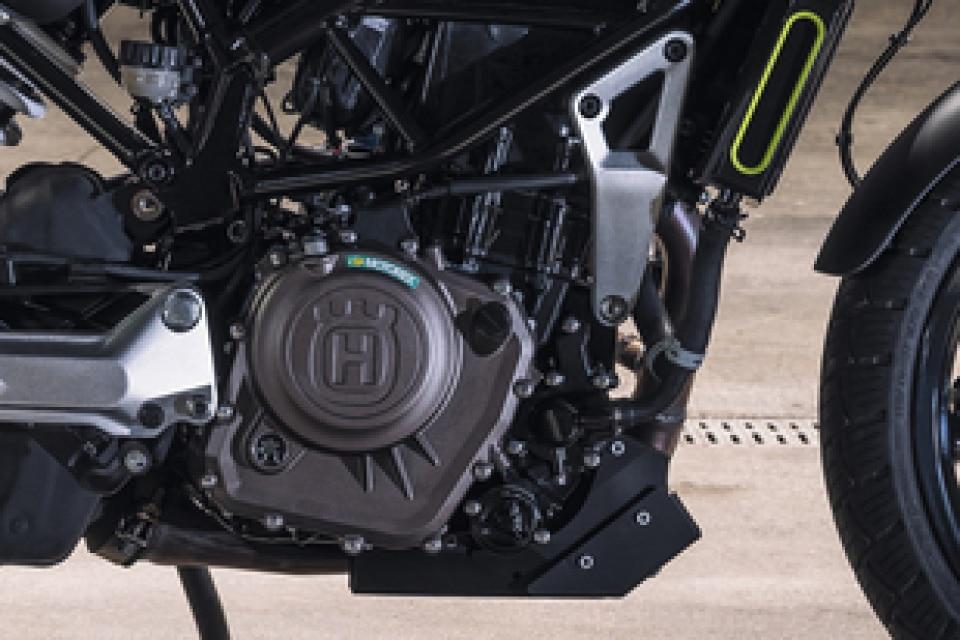 Husqvarna Svartpilen 250 Engine