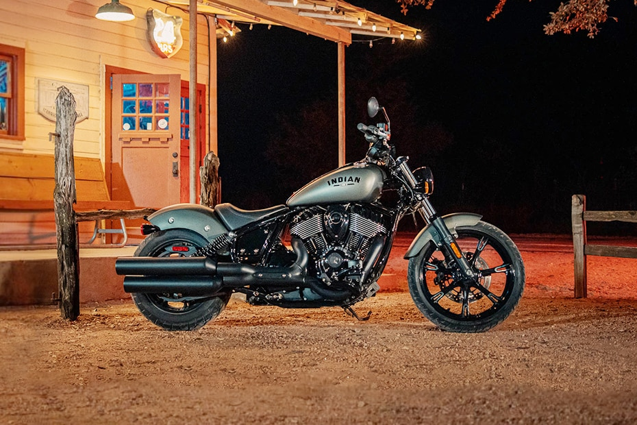 Indian Chief Dark Horse Right Side View