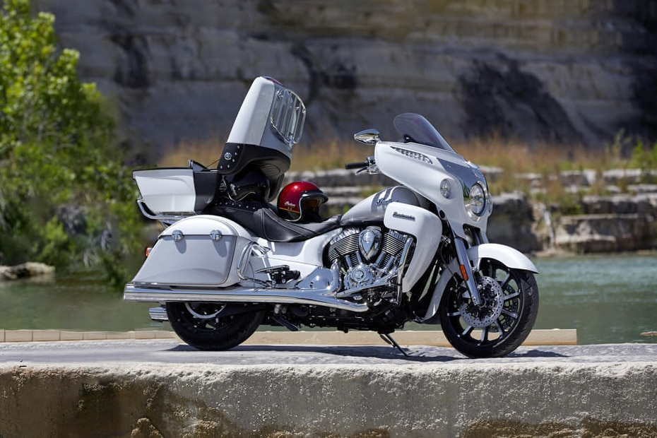 Indian Roadmaster Price, EMI, Specs, Images, Mileage and Colours