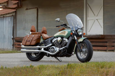 Indian Scout Vs Thunderbird Lt Compare Price Specs Comparison Gaadi