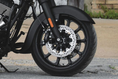 Indian Springfield Dark Horse Front Tyre View