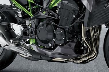 कावासाकी जेड900 इंजन