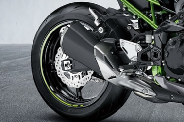 Kawasaki Z900 Rear Tyre View