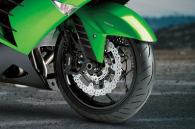 Kawasaki Ninja ZX 14R Front Tyre View