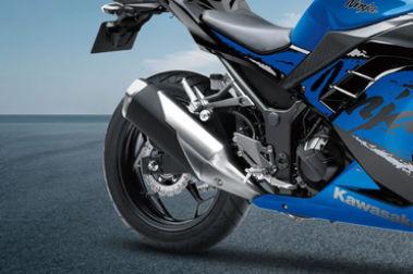 Kawasaki Ninja 300 Rear Tyre View