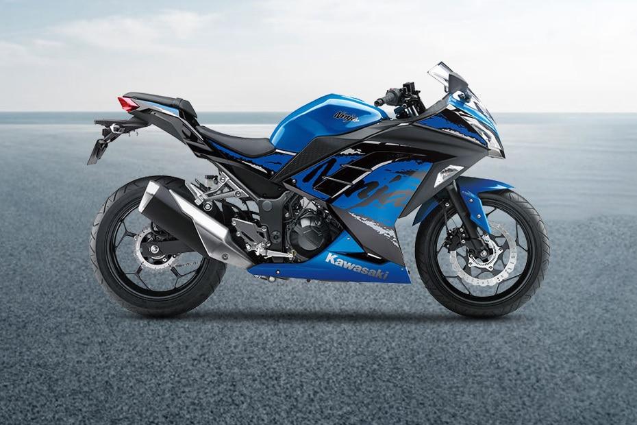 Kawasaki Ninja 300 Right Side View