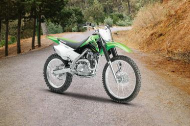 Kawasaki KLX 140 Front Right View