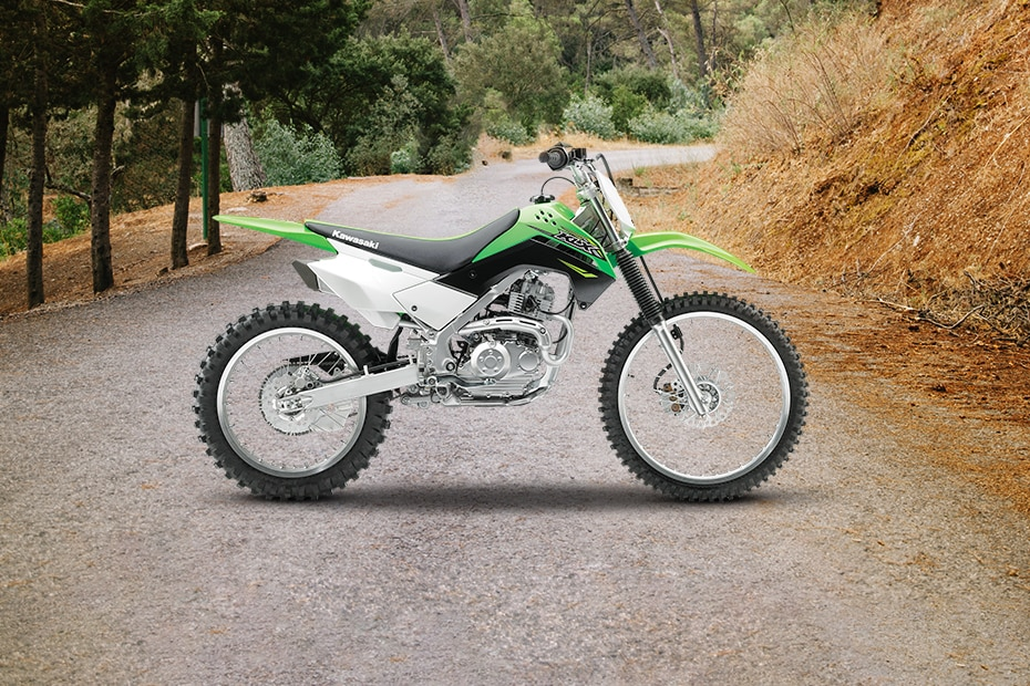 Kawasaki KLX 140 Right Side View