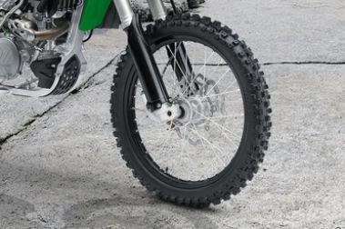 Kawasaki KX 450F Front Tyre View