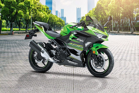 5 Most Powerful Bikes Under Rs 5 Lakh In India | BikeDekho