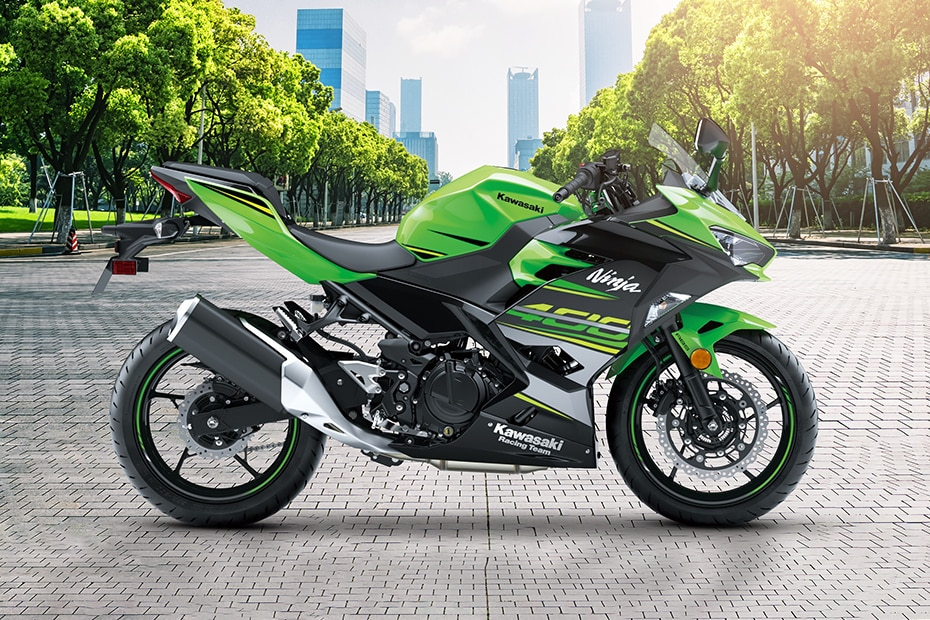 Kawasaki Ninja 400 Right Side View