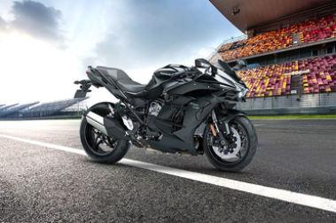 Kawasaki Ninja H2 Sx Vs Ninja Zx 10r Compare Price Specs
