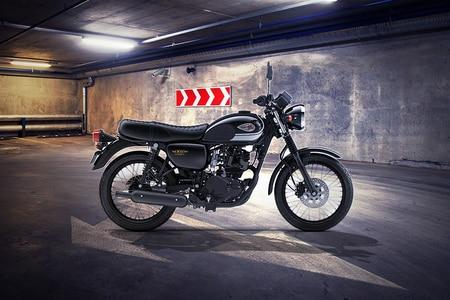 Kawasaki W175 Right Side View