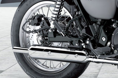 Kawasaki W800 Street Exhaust View