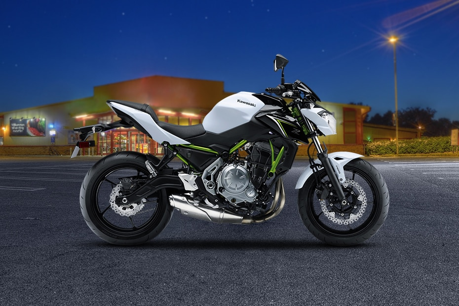 Kawasaki Z650 Right Side View