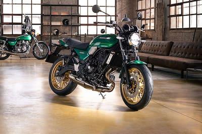 Kawasaki Z650RS Front Right View
