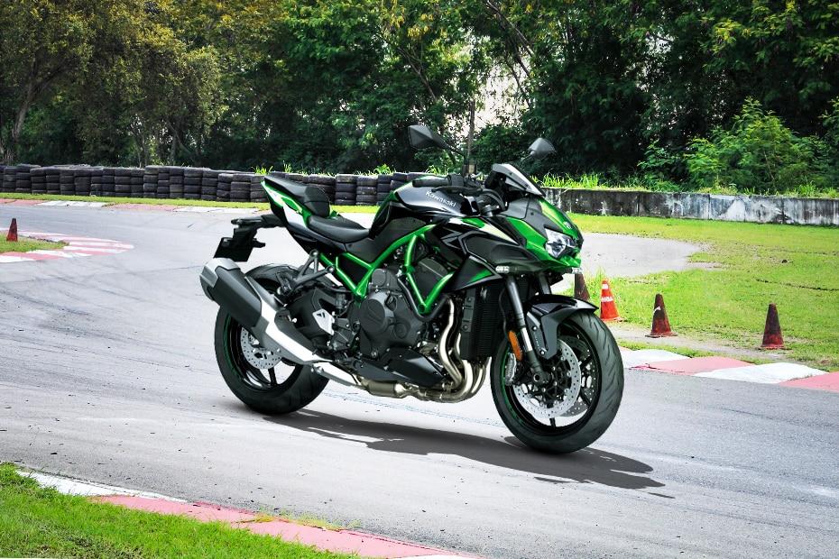 Kawasaki Z H2 Front Right View
