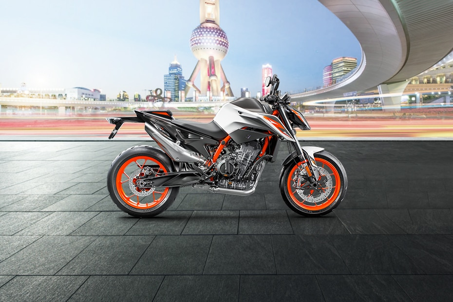 KTM 890 Duke R Right Side View