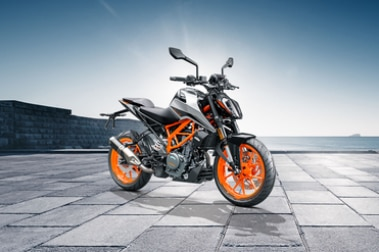 KTM 390 Duke Front Right View