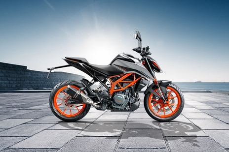 Used KTM 390 Duke Bikes in Delhi