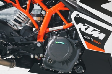 KTM RC 390 Engine