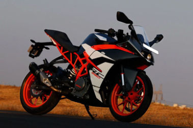 KTM RC 390 Front Right View