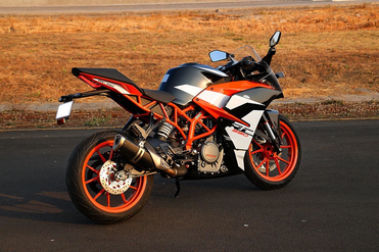 KTM RC 390 Rear Right View