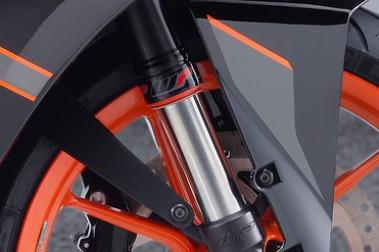 KTM RC 200 Front Mudguard & Suspension