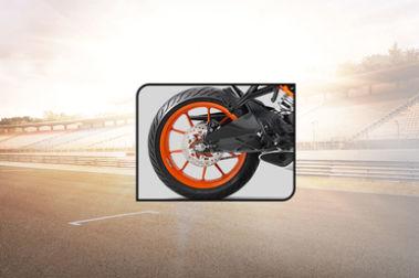 KTM RC 200 Rear Tyre View