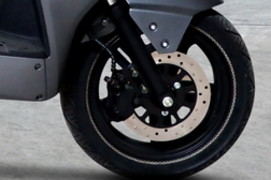 M2GO X1 Front Brake View