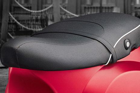 Vespa SXL 150 BS4 Seat