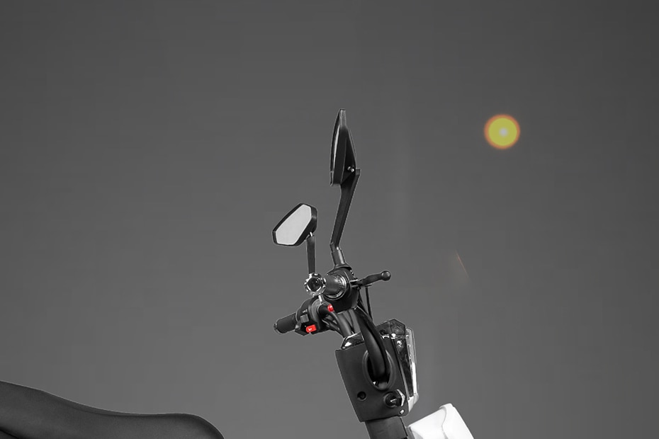 PURE EV ETrance Handle Bar View