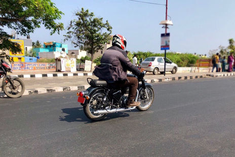 Royal Enfield Classic 350 Price in Bhubaneswar - Classic 350