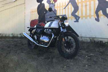 Royal Enfield Continental GT 650 Front Right View