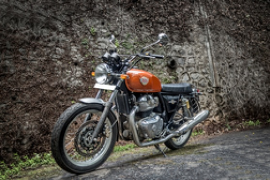 Royal Enfield Interceptor 650 Front Left View
