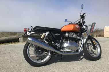 Royal Enfield Interceptor 650 Rear Right View