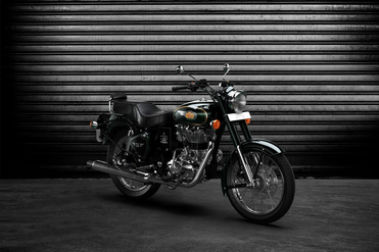 Royal Enfield Bullet 500 Front Right View
