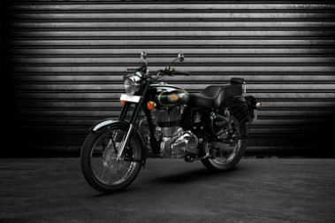 Royal Enfield Bullet 500 Front Left View